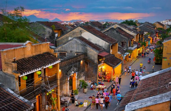 DA NANG – HUE – HOI AN (05 DAYS 04 NIGHTS)